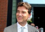 Arnaud Montebourg officialise sa candidature