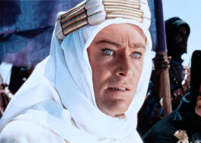 Peter O'Toole en Lawrence d'Arabie dans ''LAWRENCE D'ARABIE'' (1962), de David Lean (© Columbia Pictures) <em></em>