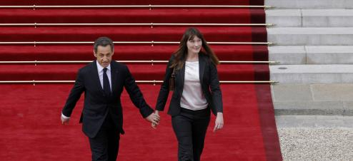 Le couple Sarkozy rentre en France