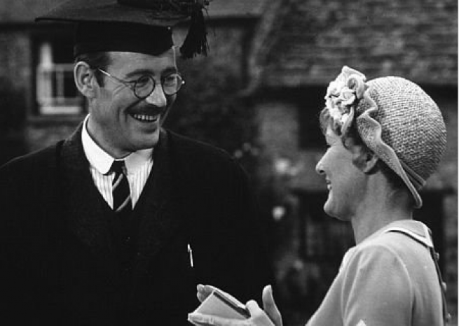 "Peter O'Toole a le rôle principal dans ""Goodbye, Mr Chips"", d'Herbert Ross (1969)  <em>John Jay/capture d'écran</em>"