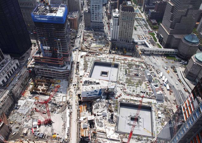 Le site du World Trade Center a été rebaptisé Ground Zero. Il est actuellement en chantier pour la construction du One World Trade Center, un mémorial dédié aux victimes. <em>SIPA</em>