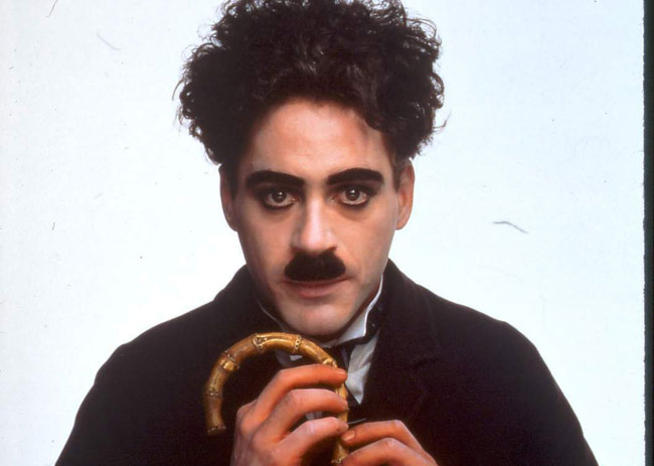 Robert Downey Jr en Charlie Chaplin dans ''CHAPLIN'' (1993), de Richard Attenborough (© StudioCanal) <em></em>