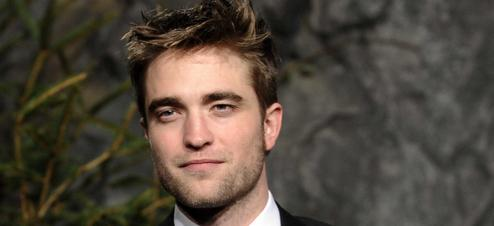 "Robert Pattinson pourrait faire partie du casting du second volet de ""Hunger Games''"
