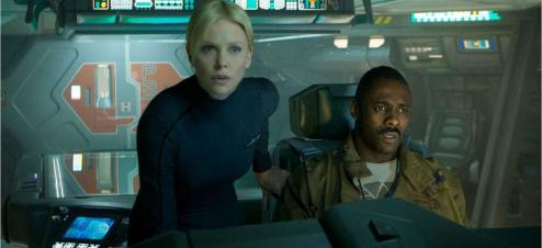 Charlize Theron interprète la capitaine du vaisseau Prometheus