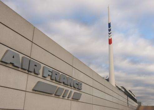 Air France traverse doit économiser deux milliards d'euros