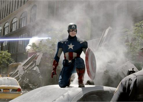 Les super-héros d'''Avengers'' (ici Captain America) battent des records au box-office
