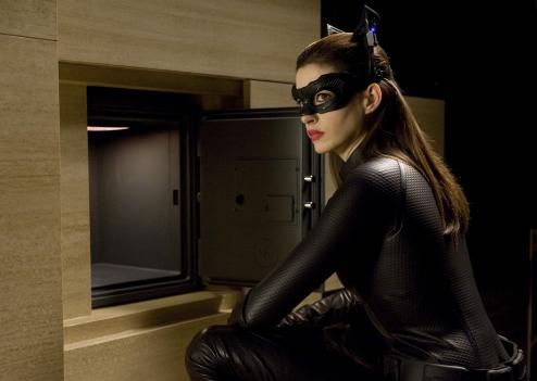 Anne Hathaway joue Catwoman