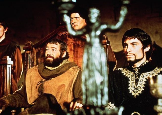 "Peter O'Toole est au côté de Timothy Dalton dans ""Le lion en hiver"" d'Anthony Harvey (1968)  <em>Metro-Goldwyn-Mayer Studios Inc./capture d'écran</em>"
