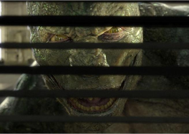 "Le Lézard, alias Dr Curt Connors, incarné par Rhys Ifans, est le nouvel ennemi de Spider-Man dans ""The Amazing Spider-Man"" (2012) <em>Sony Pictures Releasing France</em>"