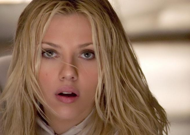 Scarlett Johansson dans ''The Island'' de Michael Bay (2005) <em>Warner Bros</em>